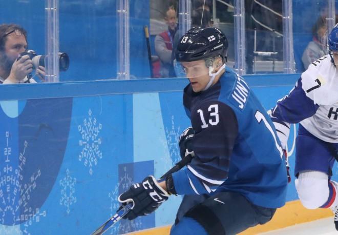 """""""Sibir"""" jau pēc piecām spēlēm šķiras no Somijas līgas MVP Juntilas"""