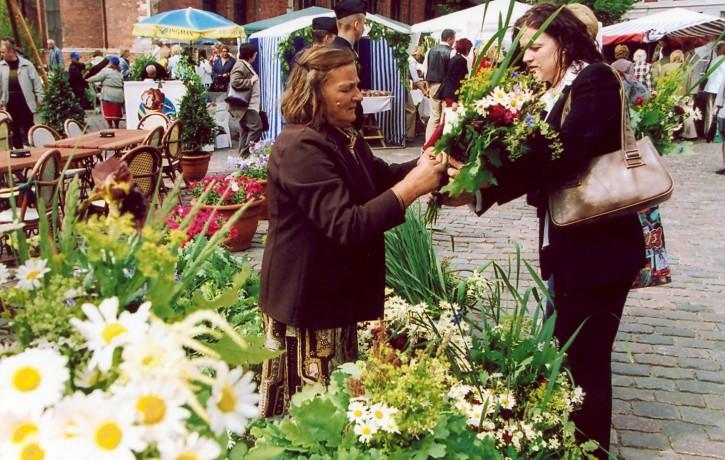 Aicina pieteikties tirdzniecībai Zāļu tirgū