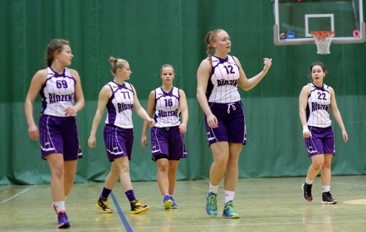 Nedēļas nogalē notiks cīņa par Rīgas čempiona titulu basketbolā sievietēm