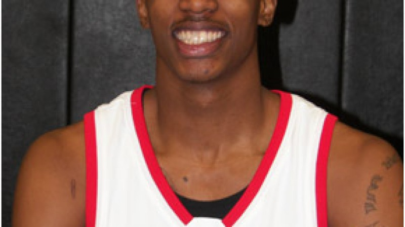 Jaunais, bet mutīgais basketbola talants Brendons Dženings