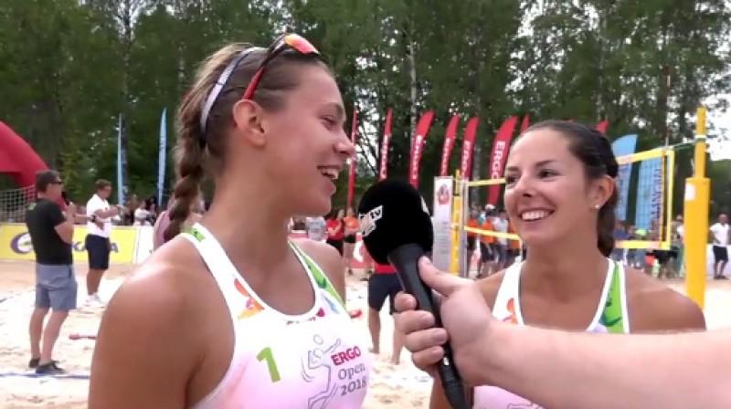 Tīna Graudiņa un Anastasija Kravčenoka  Foto: Sportacentrs.com TV
