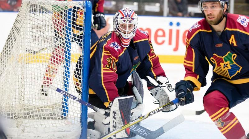 """Matīss Edmunds Kivlenieks ECHL komandas """"Wings"""" vārtos. Foto: Kalamazū """"Wings"""""""