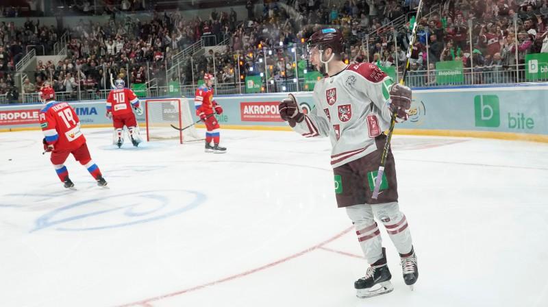 Mārtiņš Dzierkals Latvijas izlases kreklā. Foto: Romāns Kokšarovs/F64