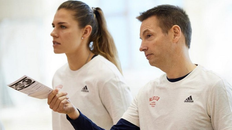 Olafs Lange un Anna Petrakova. Foto: Russia Basket