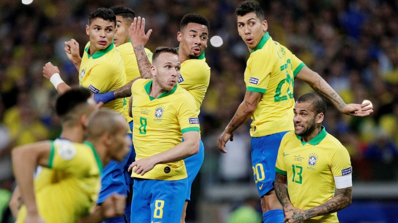 Brazīlijas izlases futbolisti. Foto: Ueslei Marcelino/Reuters/Scanpix