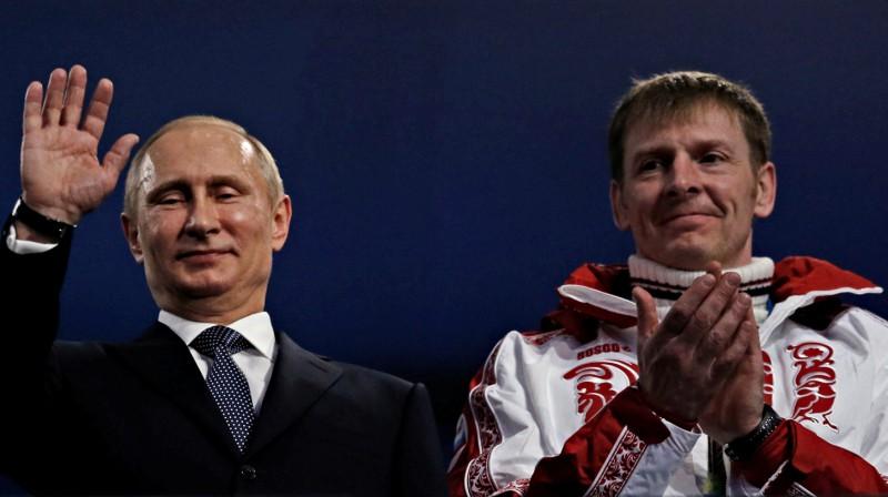 Vladimirs Putins un Aleksandrs Zubkovs. Foto: Reuters/Scanpix