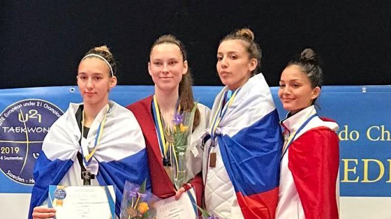 Jolanta Tarvida uz pjedestāla U21 Eiropas čempionātā. Foto: Taekwondo Europe