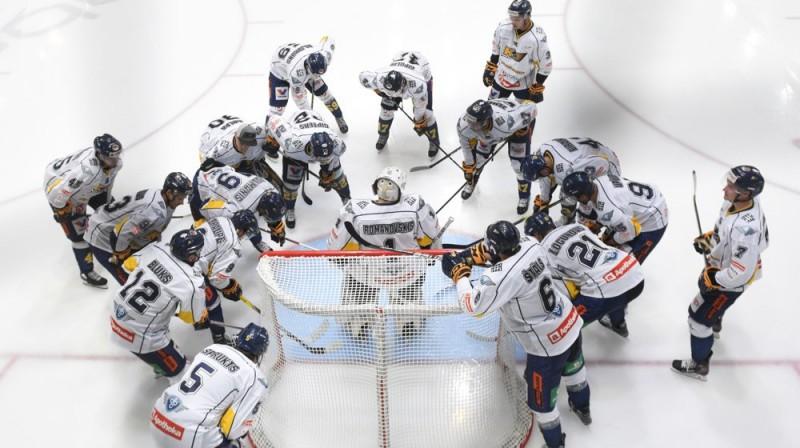 """""""Kurbada"""" hokejisti ap vārtsargu Deniju Romanovski. Foto: HK """"Kurbads"""""""