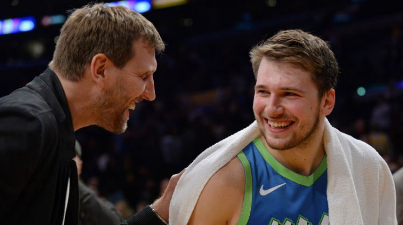 Dirks Novickis un Luka Dončičs. Foto: USA Today Sports/Scanpix