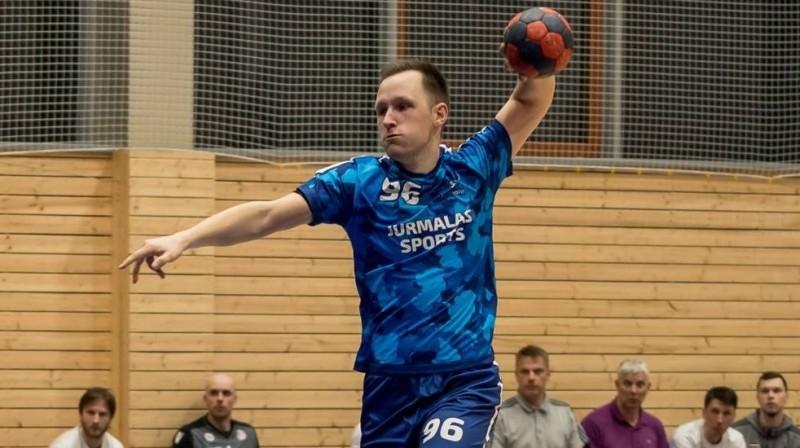 """Jūrmalas sports"" handbolists Ričards Jablonskis. Foto: synottiphandball.lv"