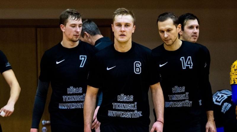 """Aivis Āboliņš ved cīņā RTU/""""Robežsardze"""" volejbolistus. Foto: RTU/Robežsardze"""