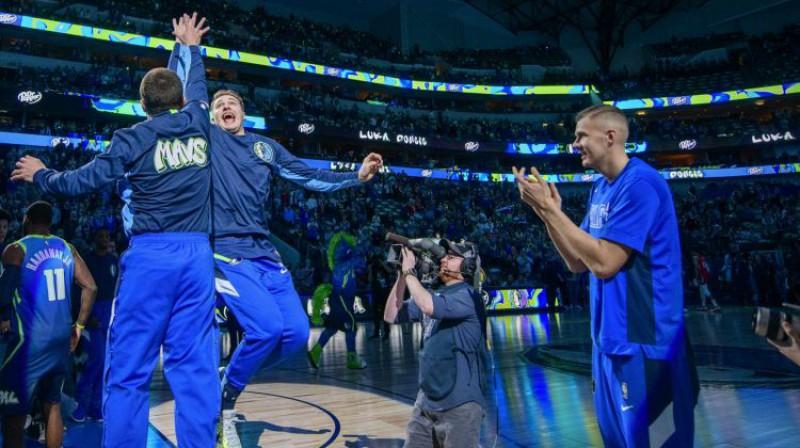 Luka Dončičs un Kristaps Porziņģis. Foto: USA Today Sports/Scanpix