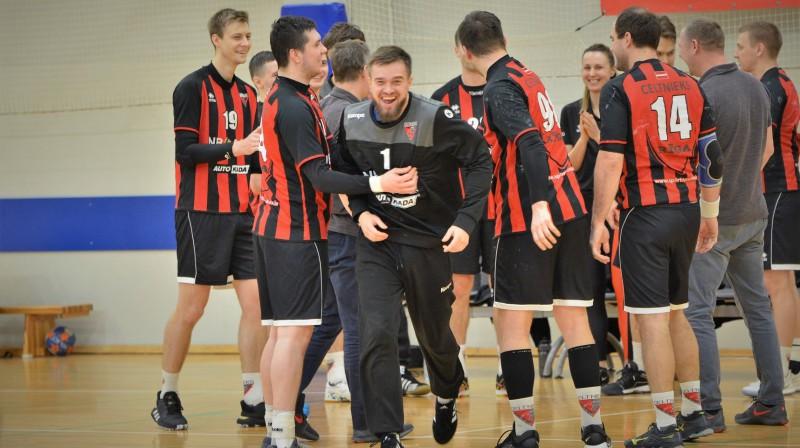 """""""Celtnieks Rīga"""" komanda. Foto: GL Sports Photography"""