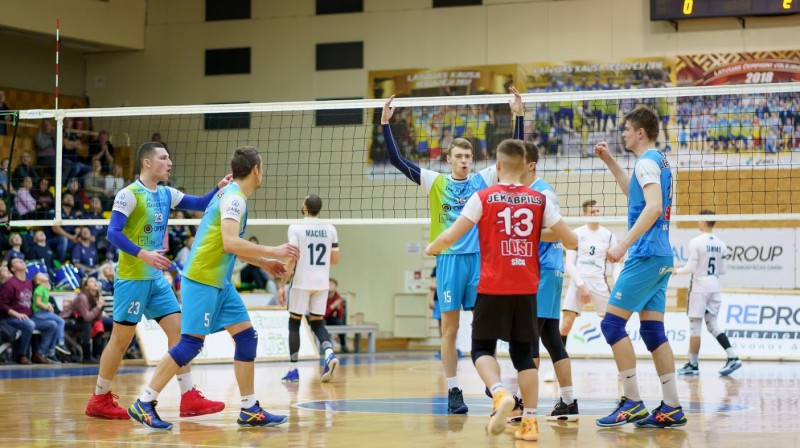 """""""Jēkabpils Lūši"""" volejbolisti. Foto: Sporta klubs Jēkabpils Lūši"""