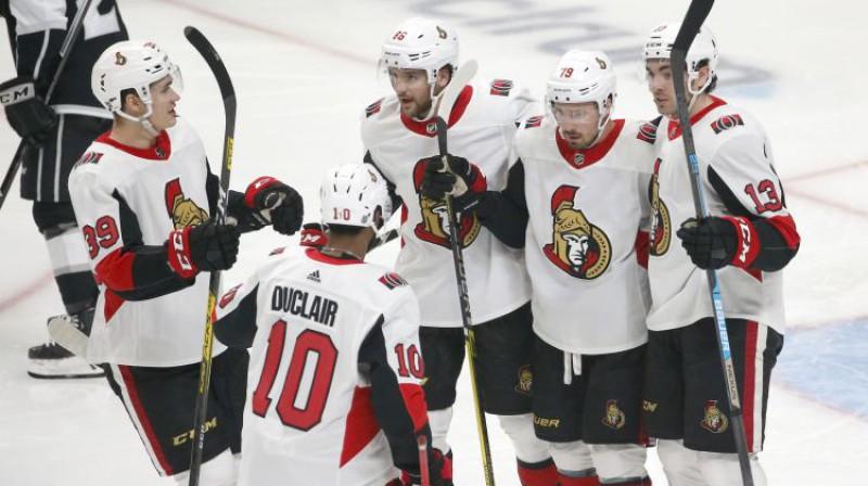 "Otavas ""Senators"" hokejisti. Foto: Zumapress/Scanpix"