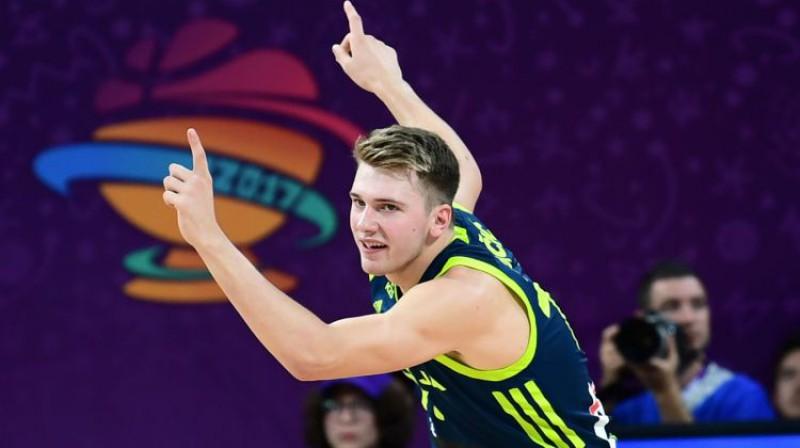 Luka Dončičs Slovēnijas izlases sastāvā. Foto: AFP/Scanpix