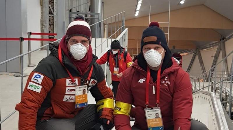 Brāļi Šici. Foto: Latvijas Kamaniņu sporta federācija
