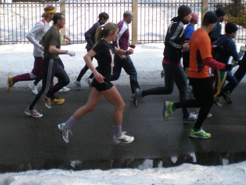Pa Mežaparka ielām pretī Rīgas maratonam