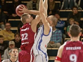 Latvijas basketbolisti piekāpjas arī Slovēnijai