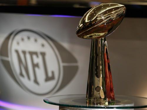 """Šonakt """"Super Bowl"""" Pitsburga pret Grīnbeju"""