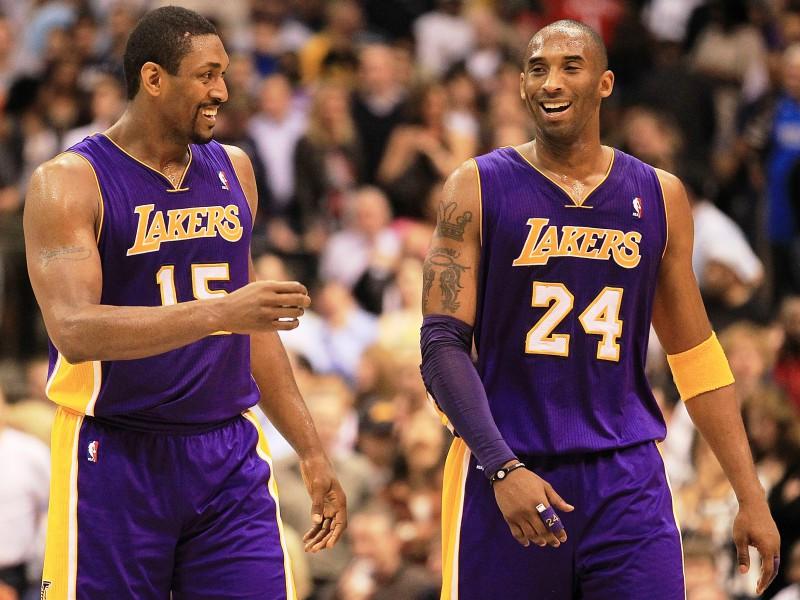 """Rietumu grupas milžu cīņā """"Lakers"""" pieveic Dalasu"""