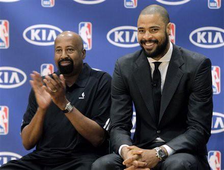 """Labākais NBA aizsardzības spēlētājs - """"Knicks"""" centrs Čendlers"""