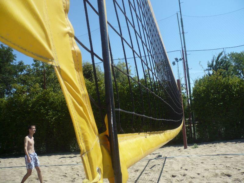 Aizvadīts Burtnieku ezera kauss volejbolā