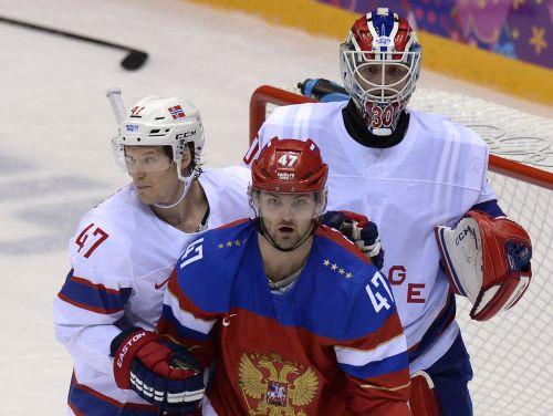 Radulovs nodrošina Krievijas hokejistiem ceturtdaļfinālu pret Somiju