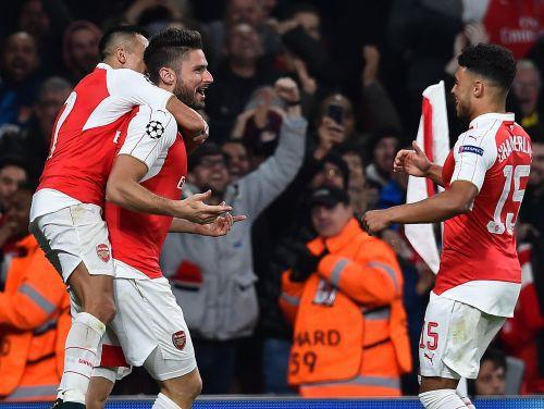 """""""Arsenal"""" aptur """"Bayern"""" dominanci un gūst pirmo uzvaru F grupā"""