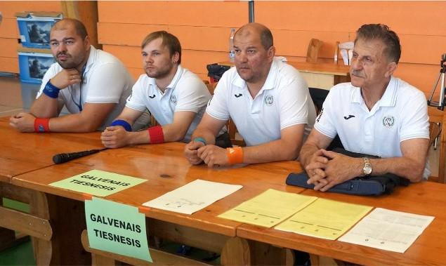 Treneris neizpratnē par cīņas medaļu neatzīšanu Latvijas olimpiādē