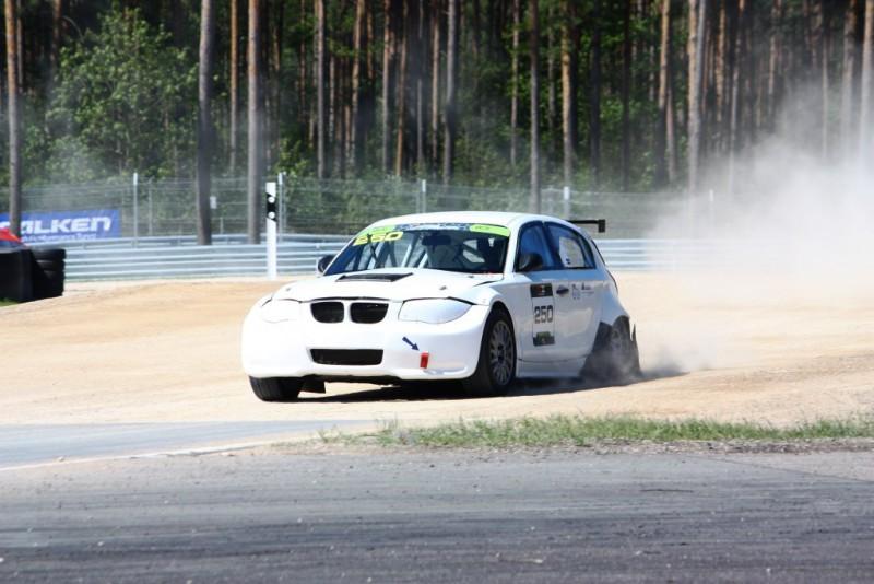 Latviešu rallijkrosa braucējiem neveiksmīgs posms Igaunijā