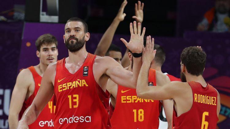 Spānijai izjūk NBA čempionu un brāļu dueti: Ķīnā bez Pau Gazola, Ibakas un citiem