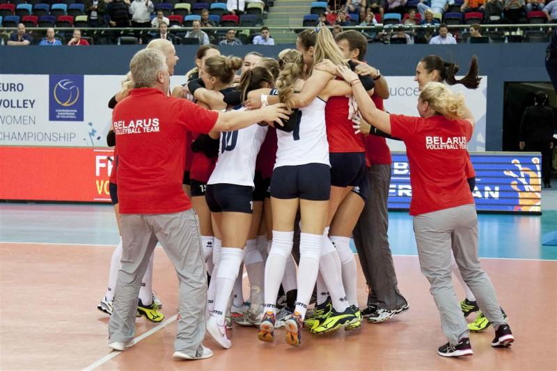 EČ volejbolā: Baltkrievija un Vācija dramatiski iekļūst ceturtdaļfinālā