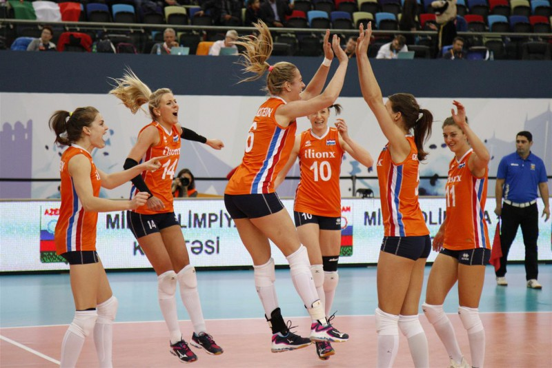 EČ pusfinālā pirmās iekļūst Nīderlande un Serbija