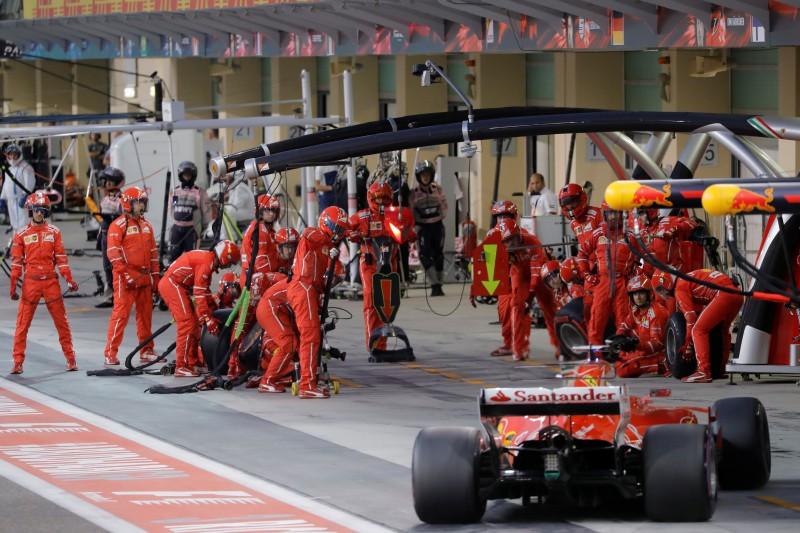 "F1 īpašnieki nedos īpašas atlaides ""Ferrari"" komandai"