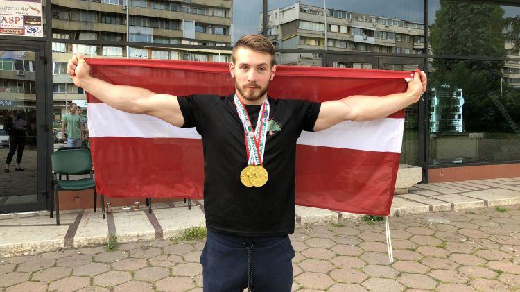 Krasovskis izcīna divus Eiropas čempiona titulus armvrestlingā