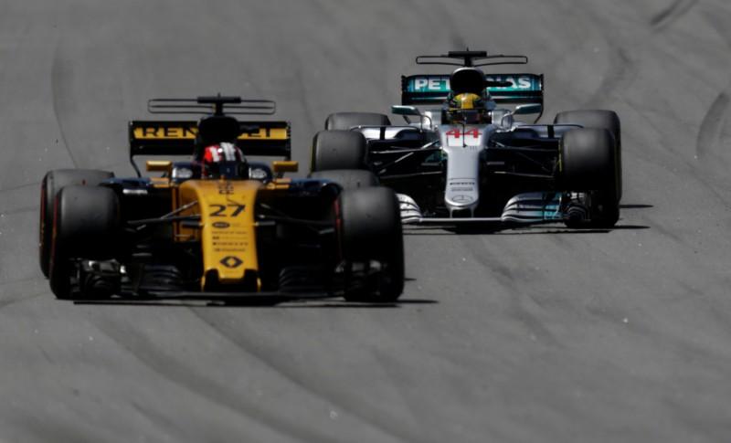 """""""Renault"""" pārvilina vienu no galvenajiem """"Mercedes"""" inženieriem"""