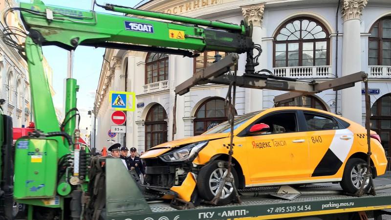 Maskavā gājējiem uzbraukušā taksometra vadītājs pirms tam nav gulējis 20 stundas