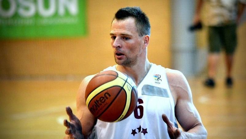 Latvijas ratiņbasketbola izlase ar mainīgām sekmēm sāk Eiropas čempionātu