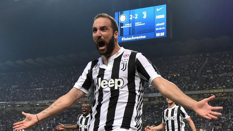 """Igvains pārceļas uz """"Milan"""", Bonuči atgriežas """"Juventus"""""""