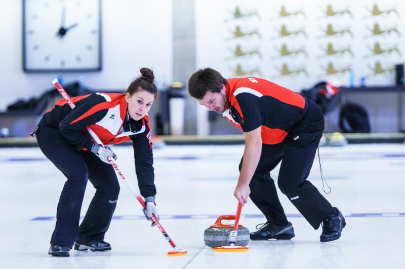Jaukto pāru kērlinga turnīrā Igaunijā startēs olimpiskie medaļnieki, arī divi pāri no Latvijas