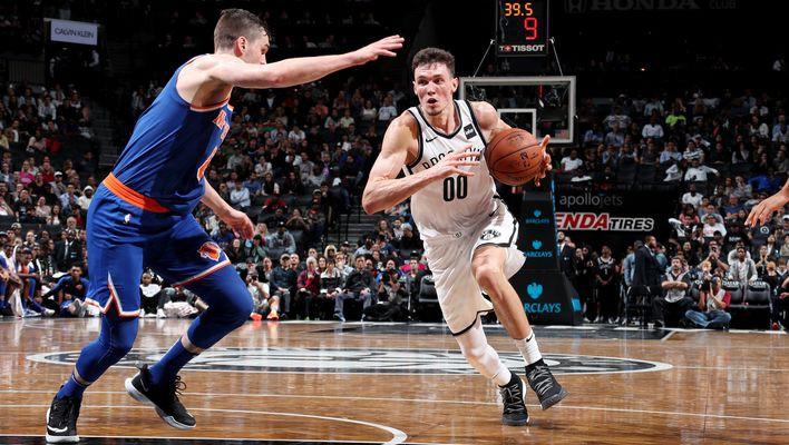 """Kurucs savā pirmajā NBA pārbaudes spēlē iemet 13 punktus pret """"Knicks"""""""