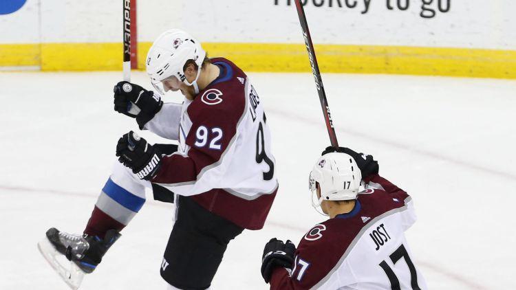 NHL nedēļas zvaigznes – Landeskūgs, Makdeivids un Vegasas vārtsargs Flerī