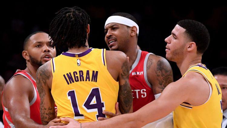 """Ingrems, Rondo un Pols tiek diskvalificēti par kautiņu """"Lakers"""" un """"Rockets"""" spēlē"""