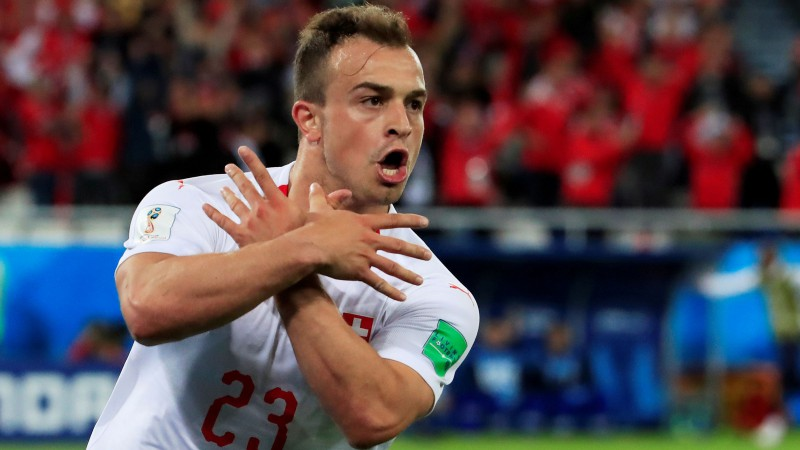 """""""Liverpool"""" politisku apsvērumu dēļ nepaņem Šačiri uz maču Serbijā"""