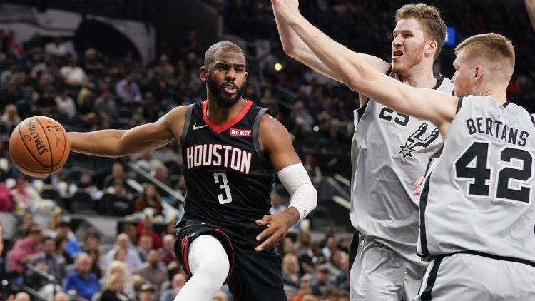 """Bertānam astoņi punkti vēl vienā lielā """"Spurs"""" sakāvē, Bruklinā divi papildlaiki"""