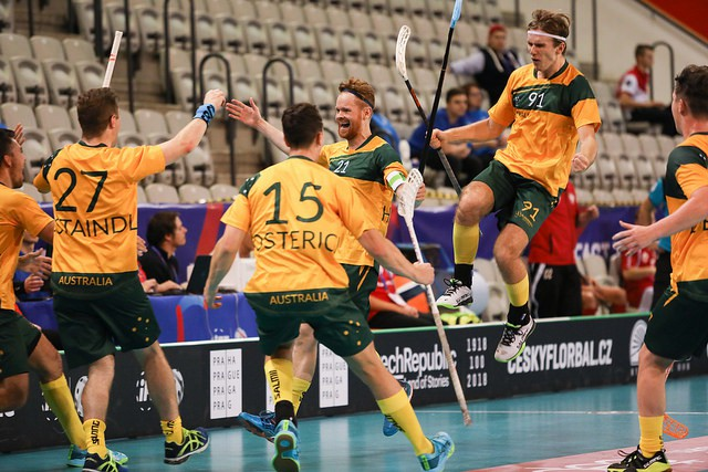 Noslēdzas grupu turnīrs, latviešiem jātur īkšķi par Šveici