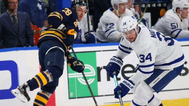 """Girgensonam -2, """"Sabres"""" zaudē """"Maple Leafs"""", tomēr atkal tiek pie punkta"""