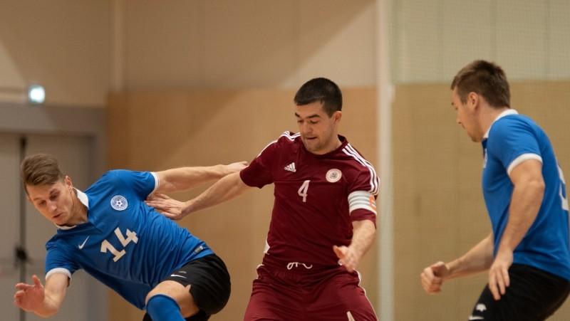 Seņs iesit savos un pretinieku vārtos, Latvija zaudē arī baltkrieviem