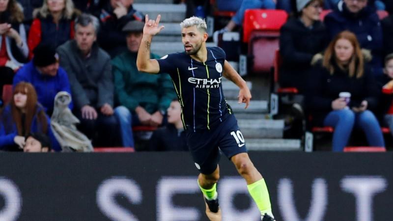 """""""Manchester City"""" spēlē pārliecinoši un beidzot izcīna uzvaru"""
